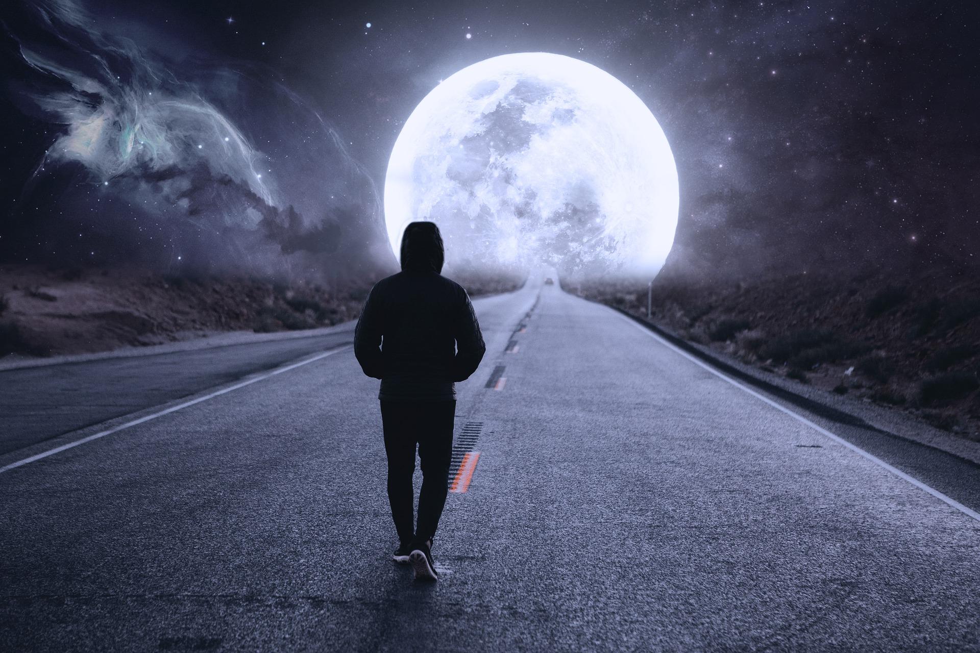 moon-5272269_1920